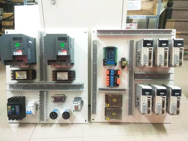 tủ điện máy CNC đục đá